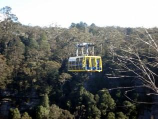 Chamado Scenic Skyway percorre 200 metros acima das montanhas