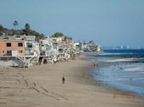 Ainda que pareça uma favela na praia