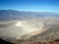 Quem ama desertos e montanhas e paisagens extraterrestres vai encontrar aqui o que gostar