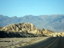 Algumas partes da estrada do parque tem vistas grandes e lindas