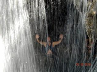 E toma uma ducha esperta de água gelada