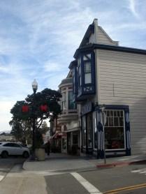 Chamada de Victorian Commercial em estilo vitoriano colorido