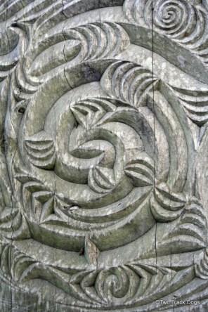 Maori timber carving