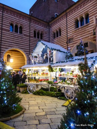 Christmas markets in Verona selling nougat, chocolate and Gluhwein
