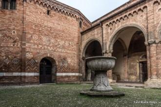 Pilato's courtyard