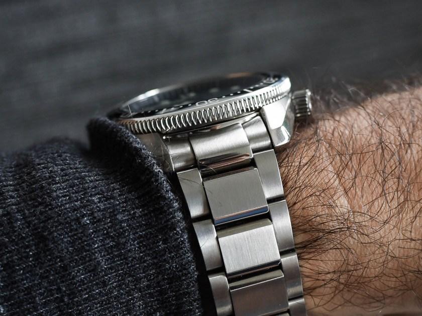 Seiko SBDC061 side view on wrist