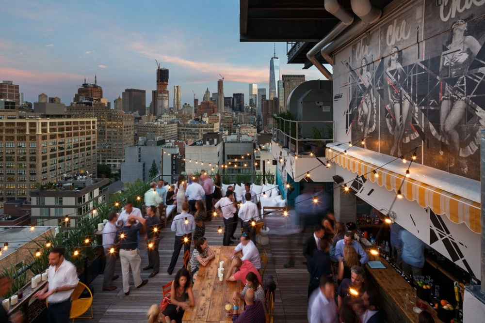 azul-on-the-rooftop-at-hotel-hugo-new-york-conde-nast-traveller-13may16-pr_1_1080x720