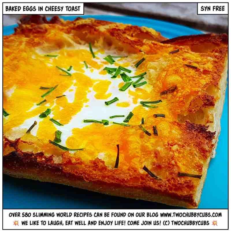 baked eggs in cheesy toast