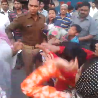 Meerut- Muslim women and children beaten, asked to leave community park  #WTFnews