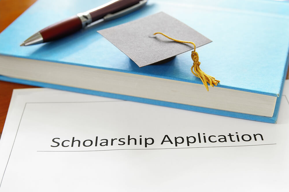 Ultimate Guide to College Scholarships