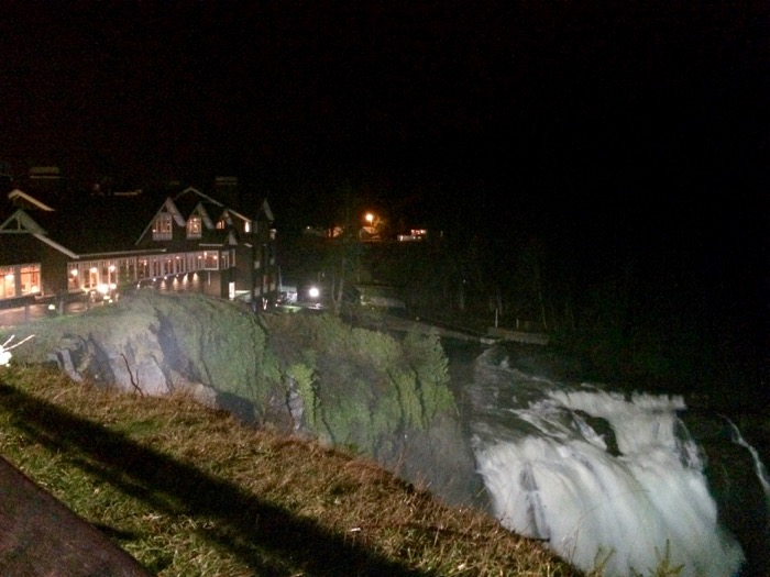 Snoqualmie Falls and the Salish Lodge outside of Seattle