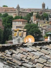 Perugia: Jesus sattelite dish