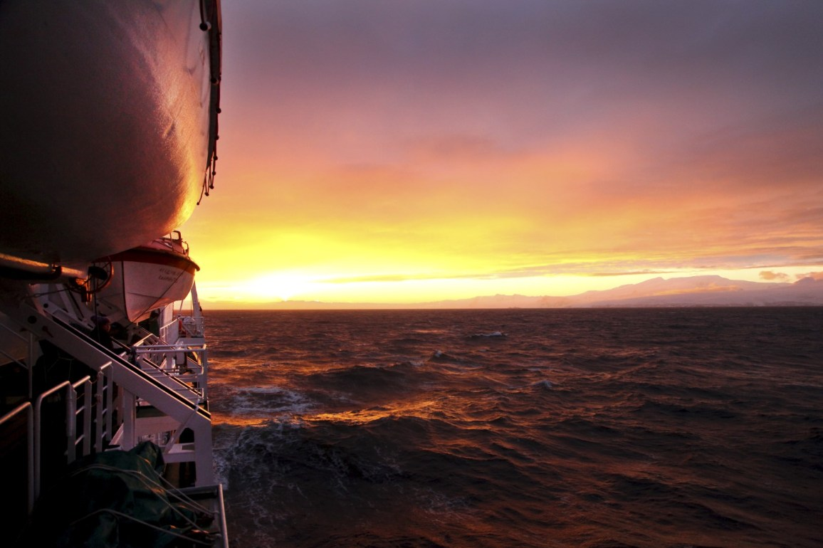 The Ioffe sails north, away form the sunset and back toward civilization.