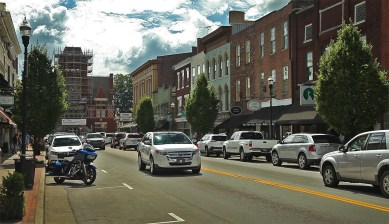 """Back in lovely Bardstown! Named the """"Most Beautiful Small Town in America"""" a few years ago by a couple of very intelligent judges. :) So great to see y'all again!"""