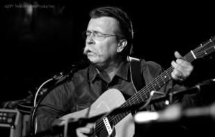 Ray Hughes sings a story