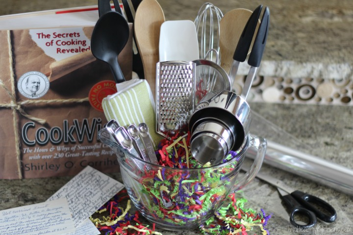 14 Easy Crafts And Gifts For Cooks And Bakers (DIY Gifts