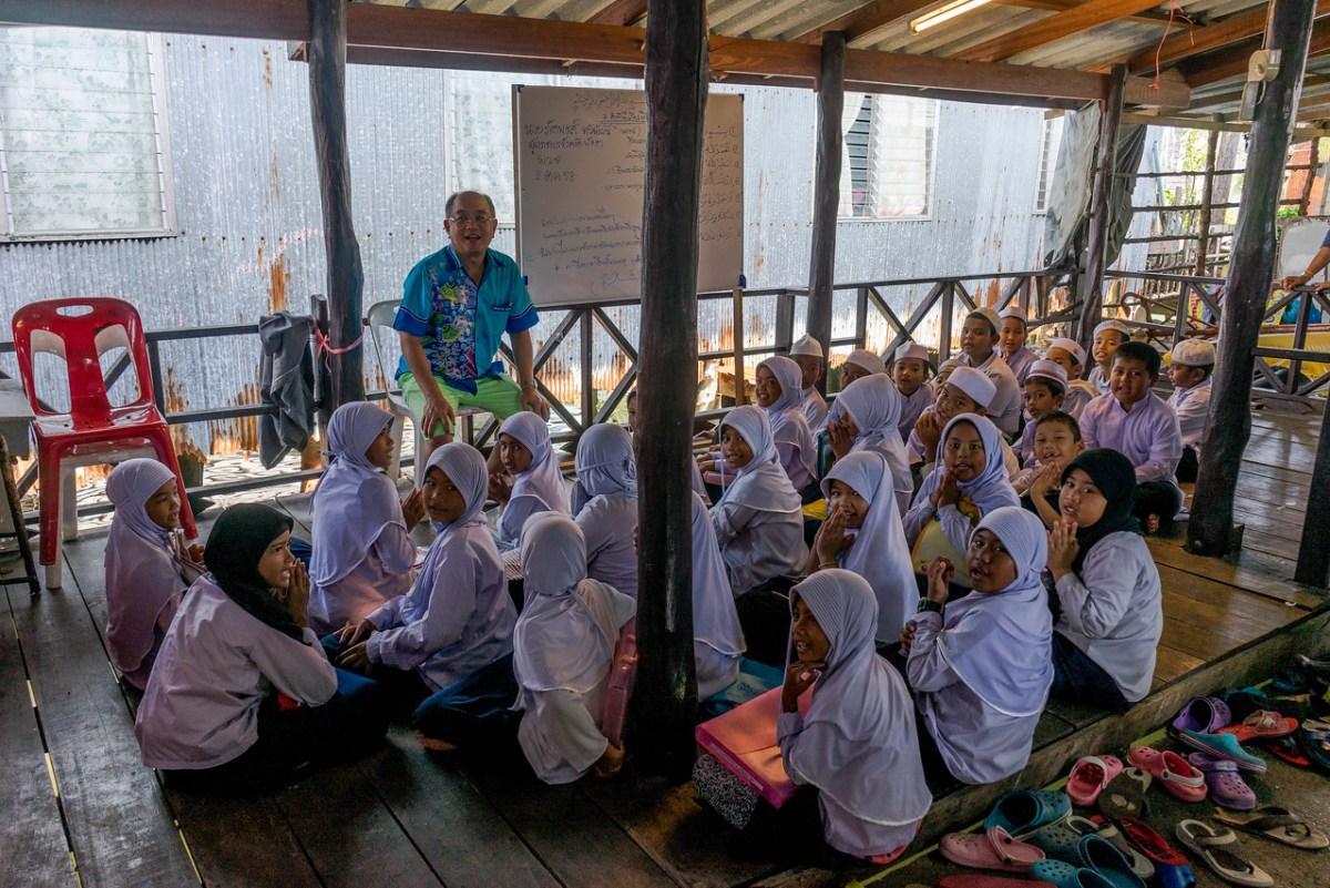Muslimske børn i skole Koh Panyi