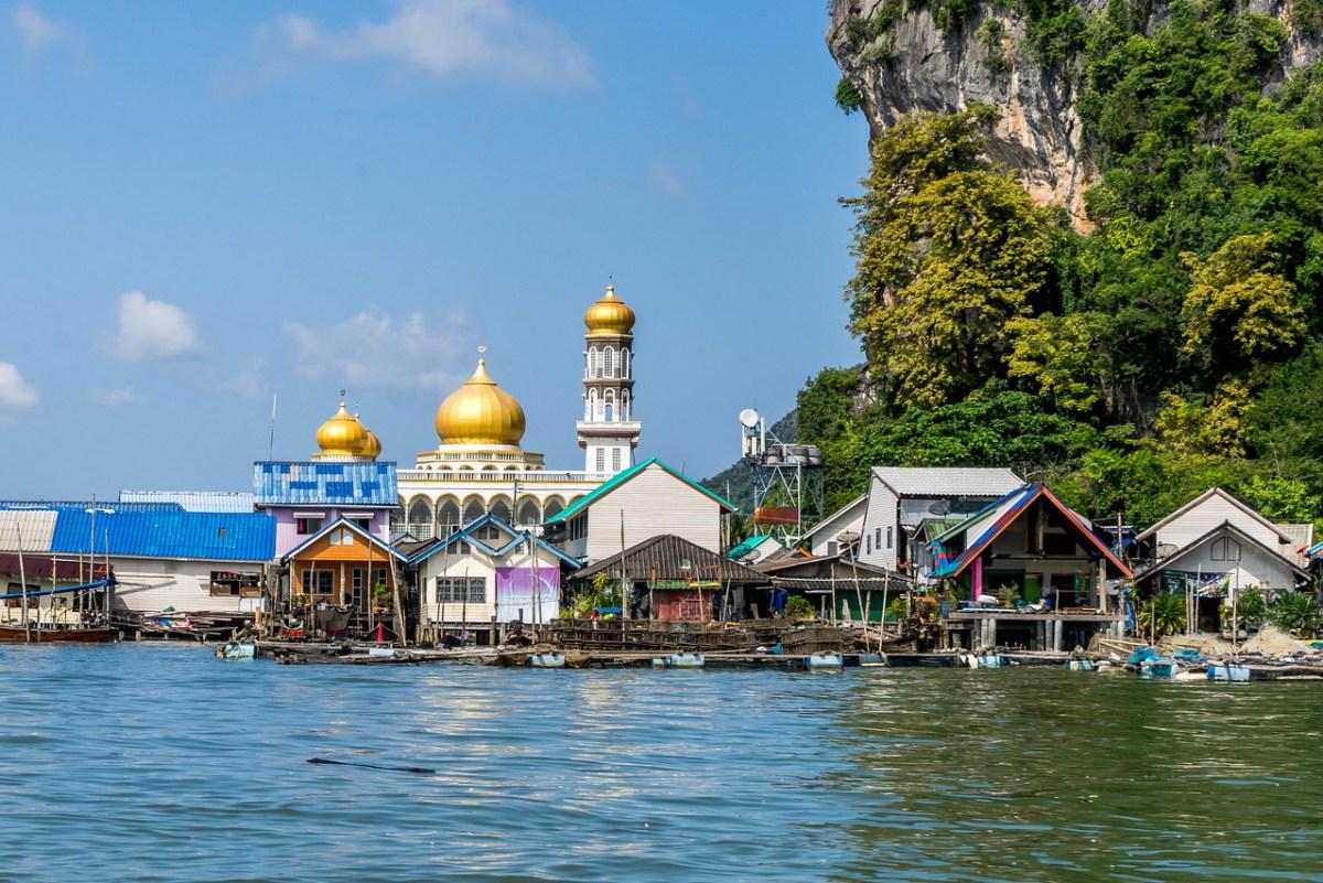 en flydende muslimsk by