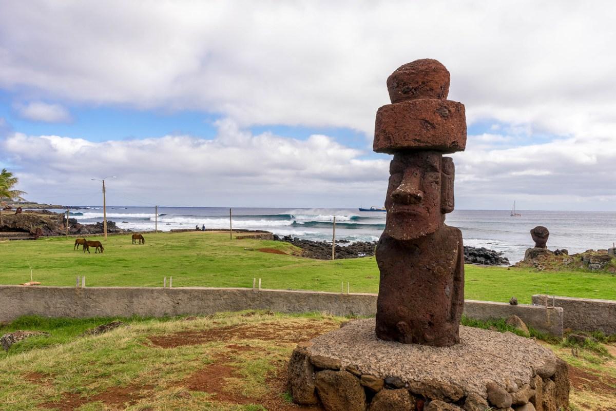 moai hanga roa