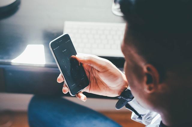 Porady dotyczące pielęgnacji oczu dla użytkowników smartfonów