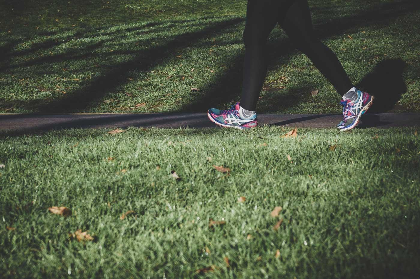szybki marsz, marszobieg i spacer to świetny sposób na relaks i zdrowie