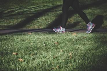 marsz, marszobieg i spacer to świetny sposób na relaks i zdrowie