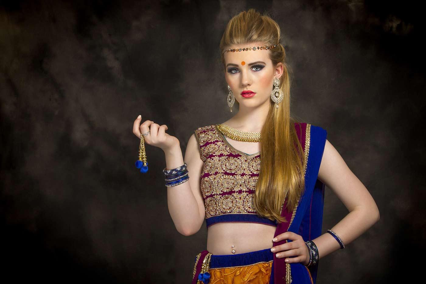 Można zorganizować tematyczny wieczór panieńki, np. w stylu Bollywood