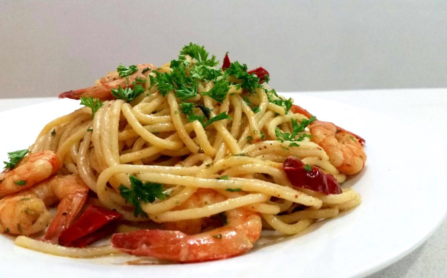 Garlic Chilli Prawn Pasta