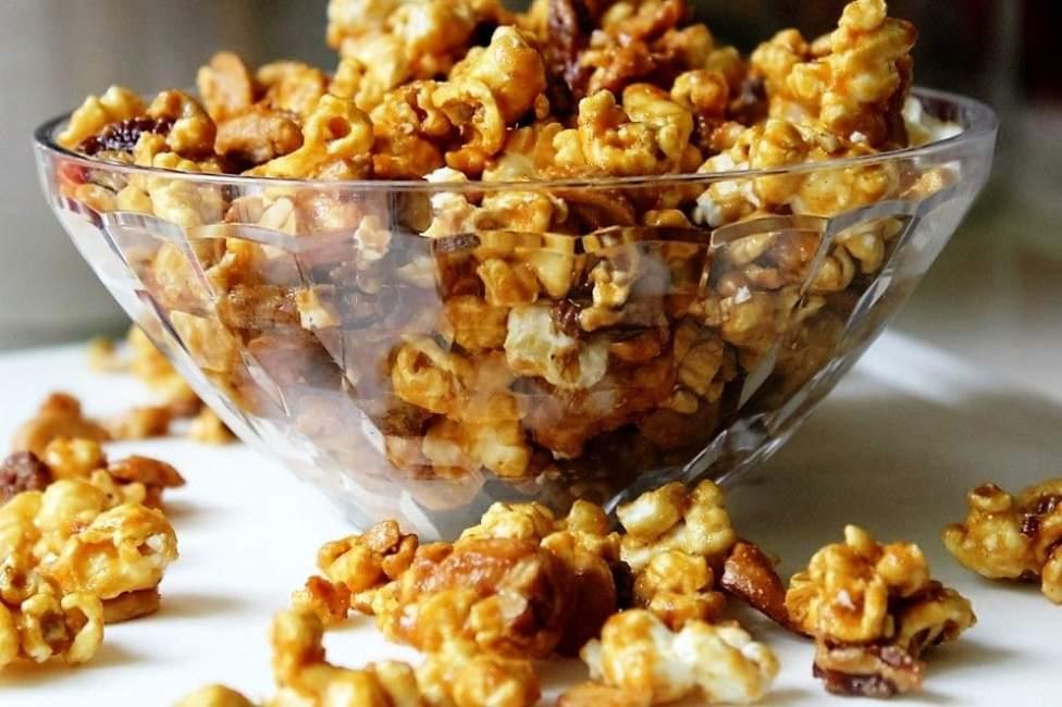 Best Ever Caramel Popcorn