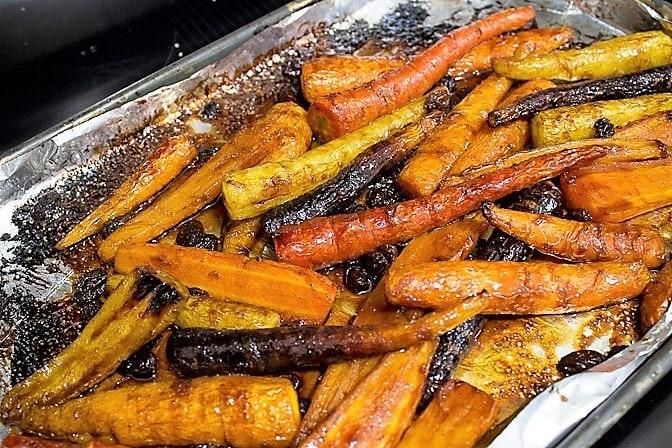 Roasted Glazed Carrot Tzimmes
