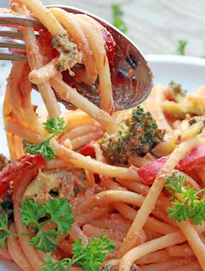 Creamy Tomato Veggie Pasta