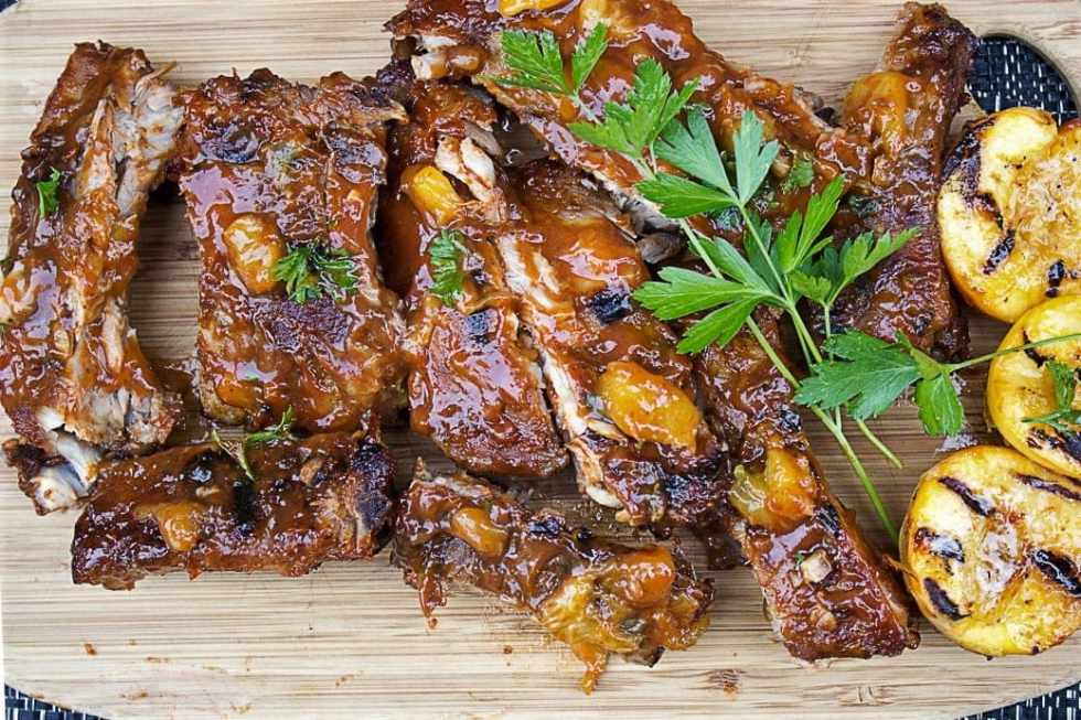 Ribs With Peach Bourbon Sauce