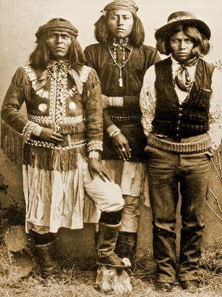 Hommes Yavapai vers 1855