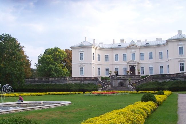 15 Best Things to Do in Bedroom, Lithuania