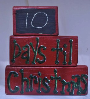 Days til Christmas blocks holiday decor