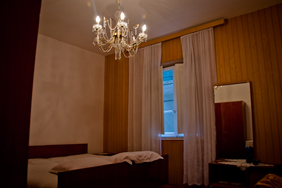 Spare bedroom furnishings in Croatian apartment rental