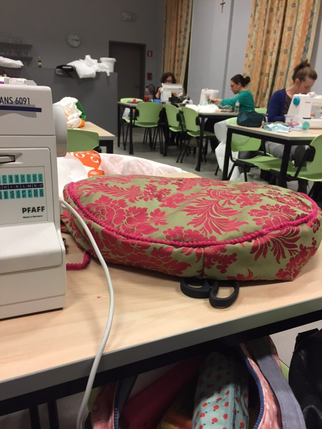 Lege-poef Femma-workshop: Een poef met Nelske