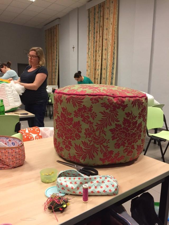 poef-is-klaar Femma-workshop: Een poef met Nelske
