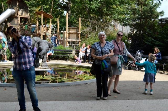groepsportret-in-de-zoo De Zoo van Antwerpen - by day deze keer