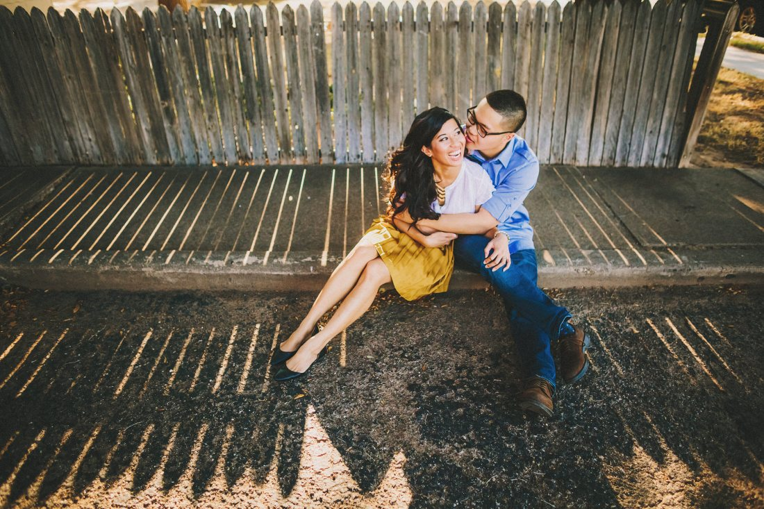 Lubbock-wedding-photographers-texas-austin-dallas-fort-worth-outdoory-colorfu-fun-00017