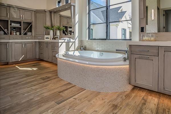 Karndean Flooring- Art for your Bathroom… on Your Floor