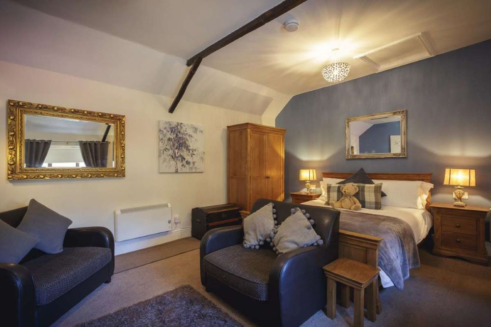 Dog friendly hotels in the Cotswolds