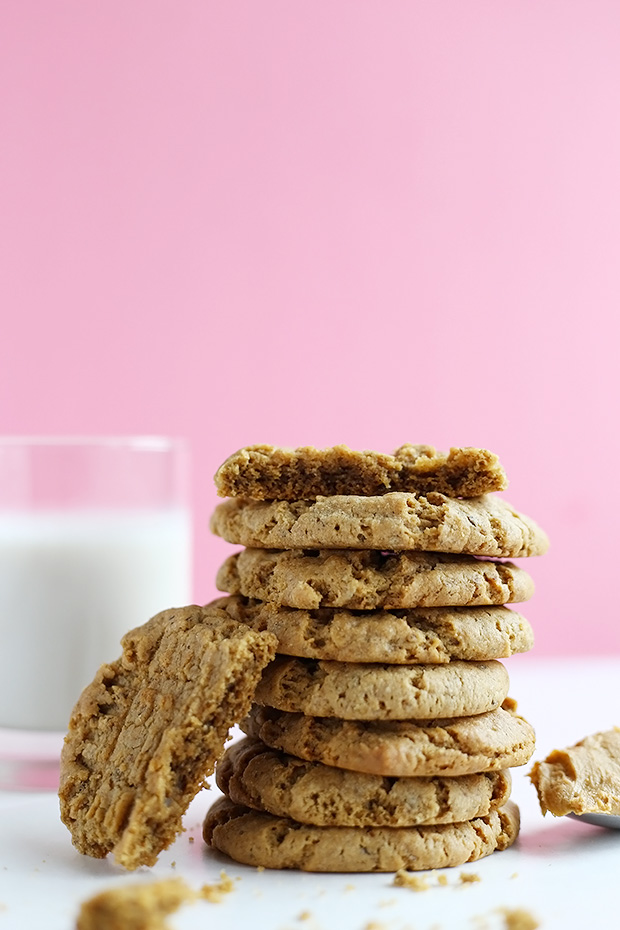 These are the Best Vegan Gluten Free Peanut Butter Cookies ever! They are crispy on the outside and soft and chewy on the inside! They melt in your mouth! / TwoRaspberries.com