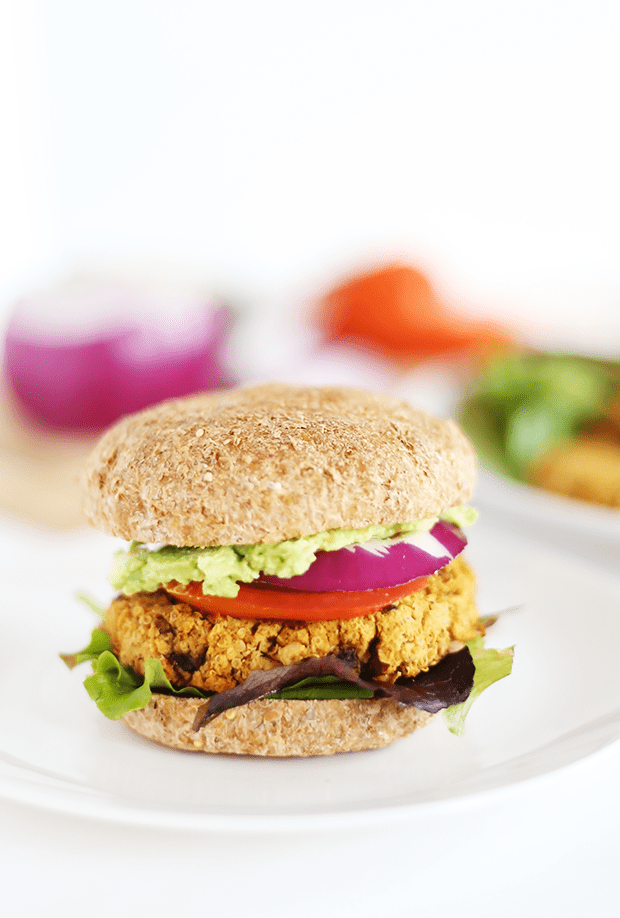 These Healthy Quinoa Chickpea Burgers are made with quinoa, onion, mushroom and a hint of chili spice! Healthy, protein and fibre rich, easy, vegan and GF! | TwoRaspberries.com