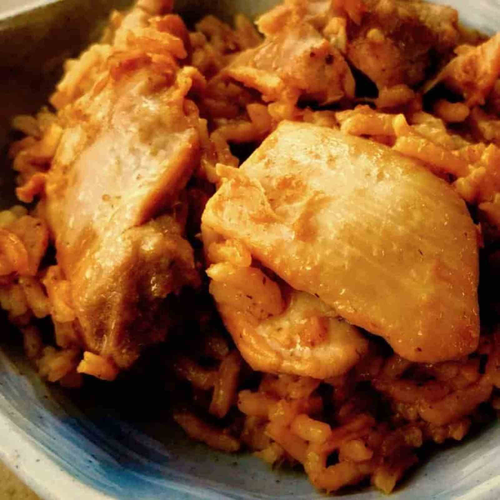 Even easier Arroz Con Pollo use this pic 1 - Arroz Con Pollo - https://twosleevers.com
