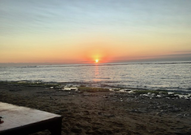 Bingin beach sunset Lucky Fish