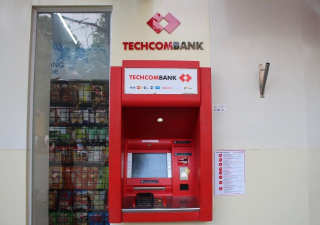 Techcom Bank ATM, 7 ATMs in Vietnam: which is the best to use?, Two Souls One Path