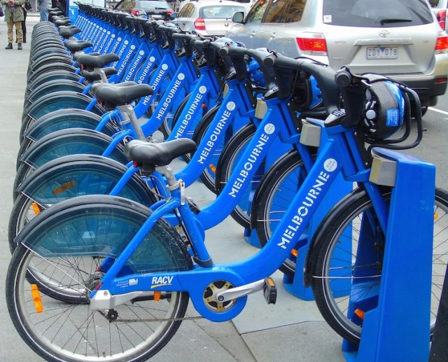 Bikes-Best-free-things-to-do-in-Melbourne-Two-Souls-One-Path