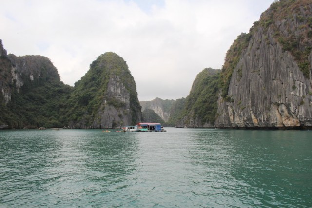 Ha-Long-Bay-Vietnam-backpacking-route-Two-Souls-One-Path