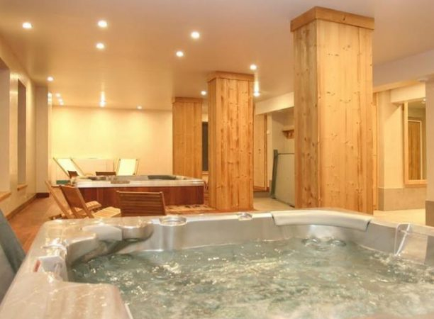 Residence Le Cortina Spa Jacuzzi Hot Tub